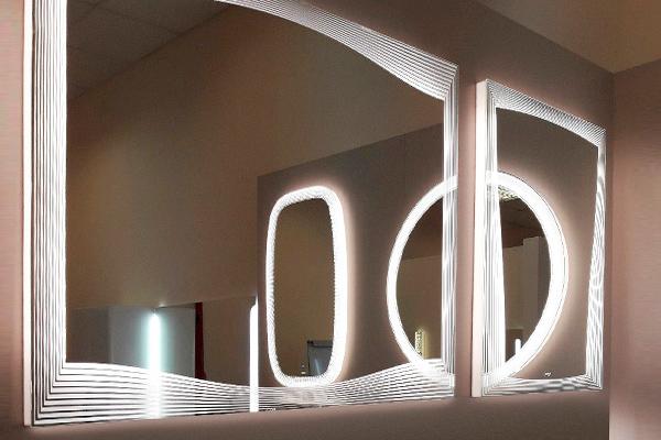 Зеркало с подсветкой в ванную комнату Monaco